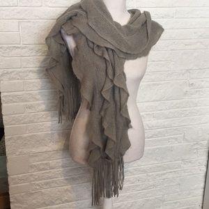 Nordstrom Frenchi ruffle scarf
